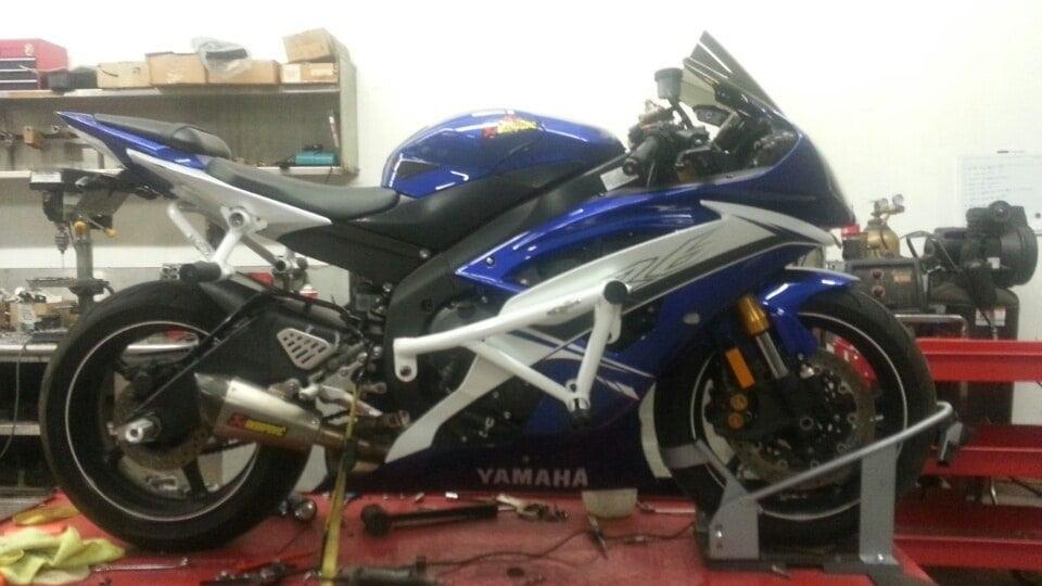 Yamaha R Stunt Cage