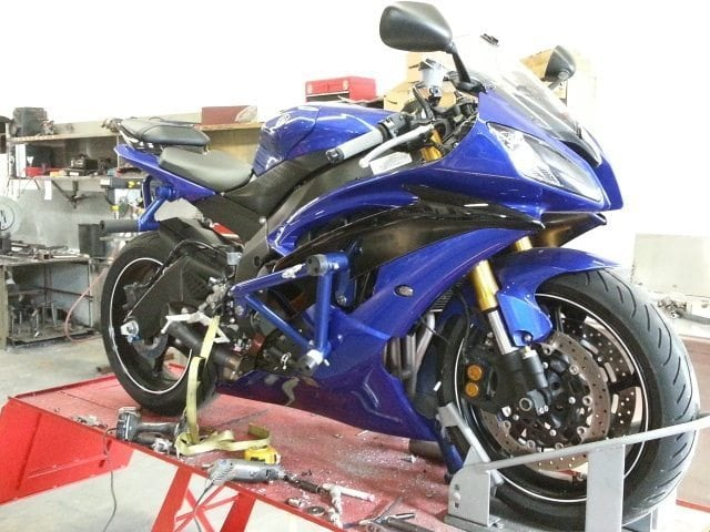 06 17 yamaha yzf r6 stunt cage on point performance